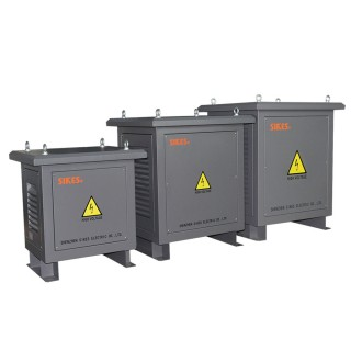Photovoltaic isolation transformer (21)
